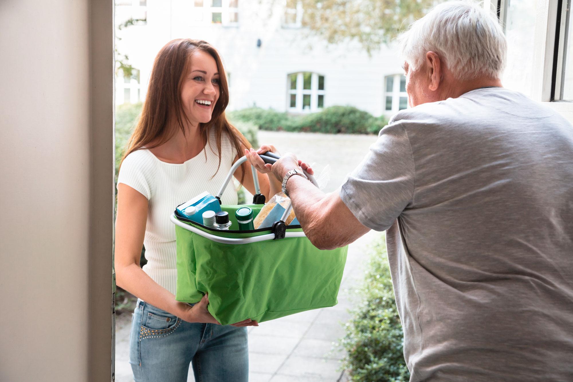 Einkaufshilfe von Tatkraft Bernstadt