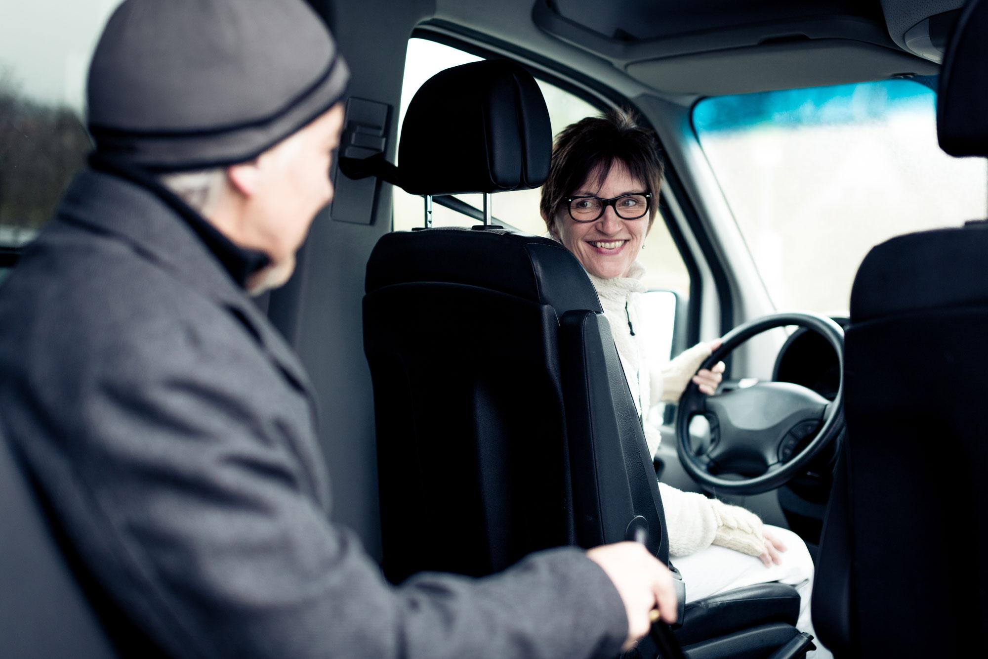 Tatkraft Bernstadt bietet Ihnen einen Fahr- und Begleitservice